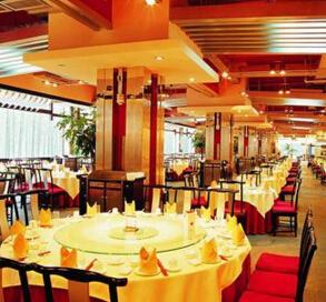 红照壁川菜酒楼