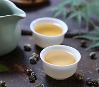 龙生普洱茶