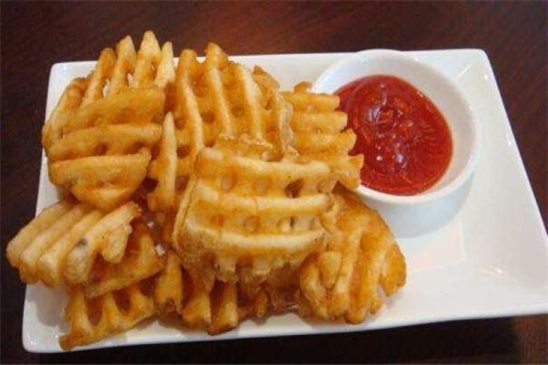 【小吃零食 休闲食品】薯格休闲食品小吃培训多少钱