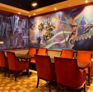 英雄联盟游戏主题餐厅